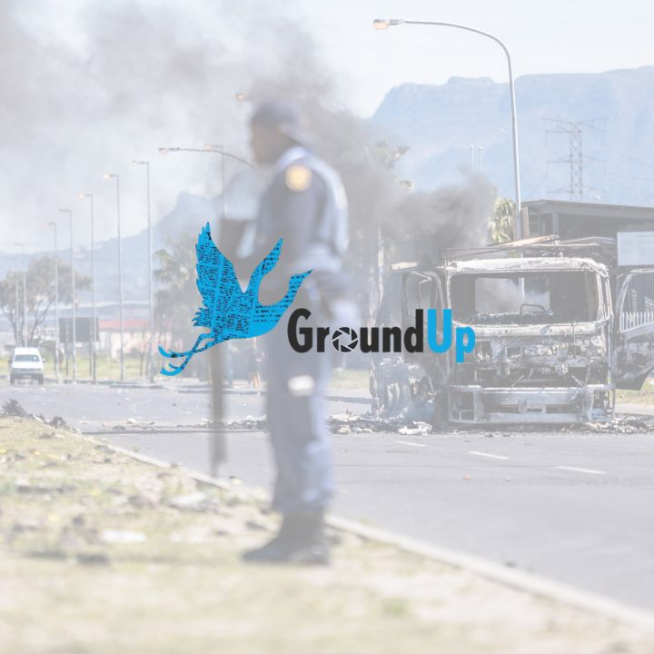 GroundUp News Agency | Taxi Strike In Cape Town